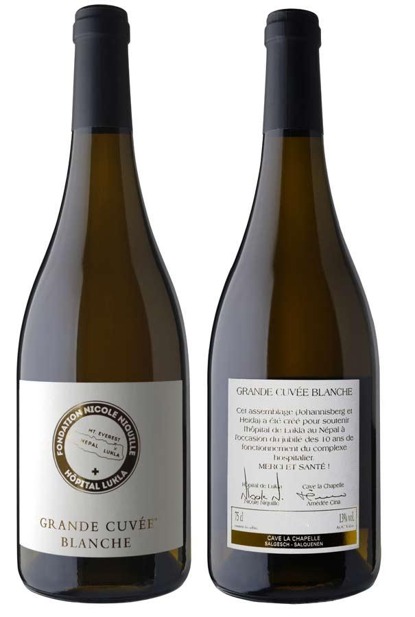 Grande Cuvée Weissweine mit der Etikette der Stiftung