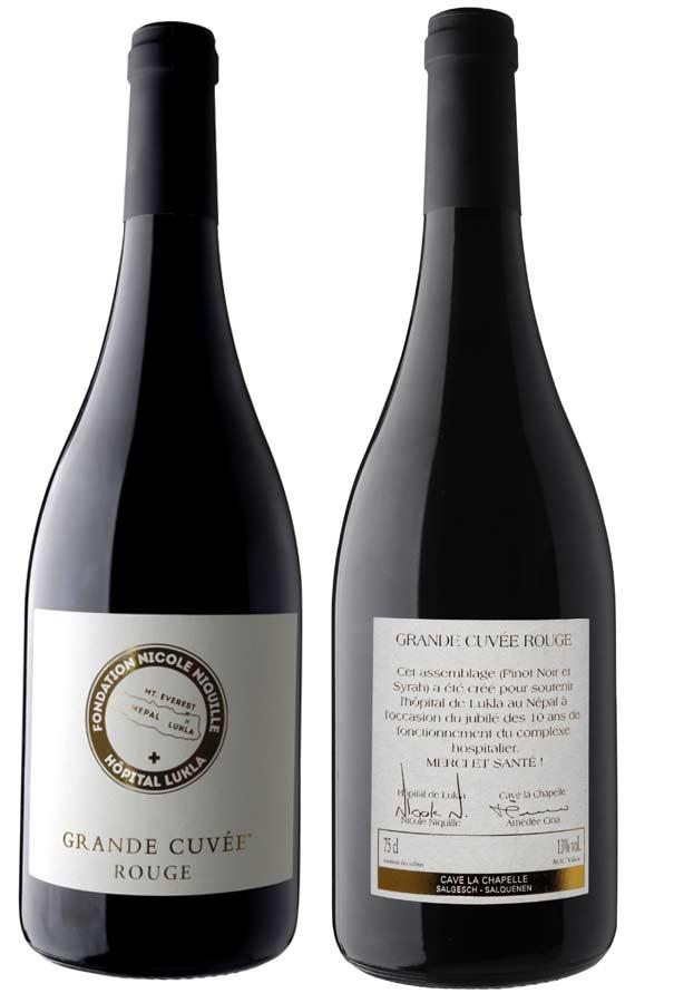 Grande Cuvée Rotweine mit der Etikette der Stiftung